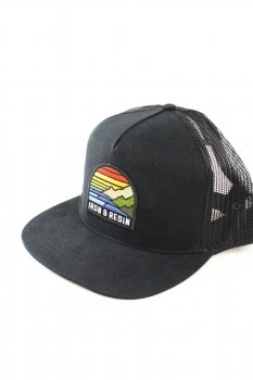 Casquette Iron and Resin Outlook black